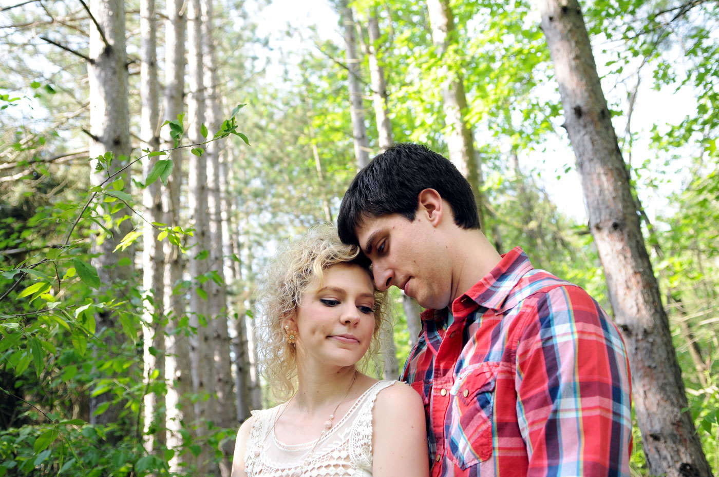 kaylen-aaron-engagement-country-st-clair-michigan-stunning-intimate-rustic-travel-2