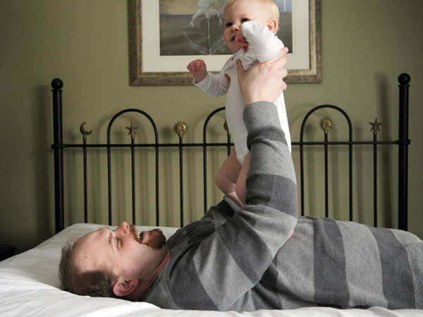 categories-lifestyle-real-life-moments-mason-michigan-home-bond-father-daughter-photography-1