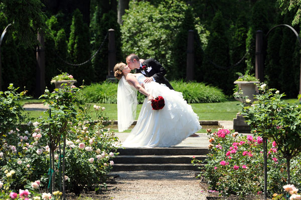 danforth-wedding-edsel-ford-mansion-michigan-photography-love-simple-intimate-stunning-timeless-romantic-gardens