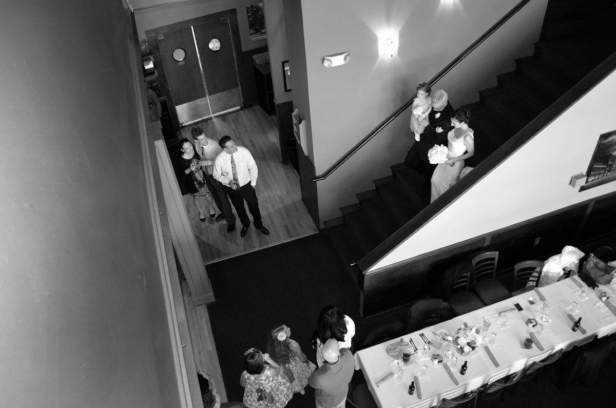 bride-entrance-best-metro-detroit-wedding-photographer