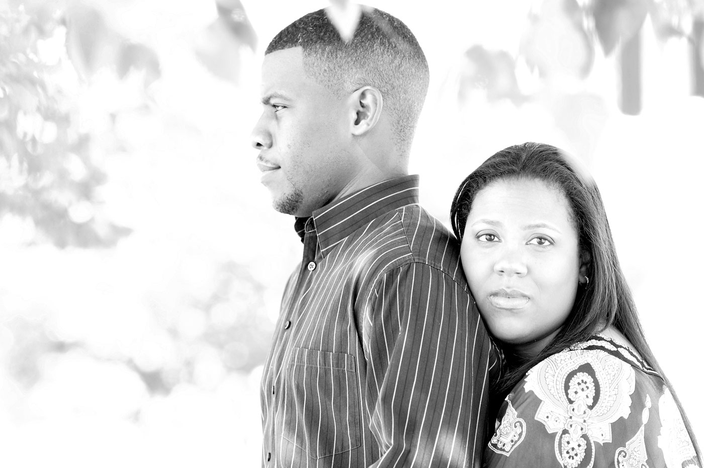 kyla-michael-engagement-detroit-michigan-riverwalk-downtown-1