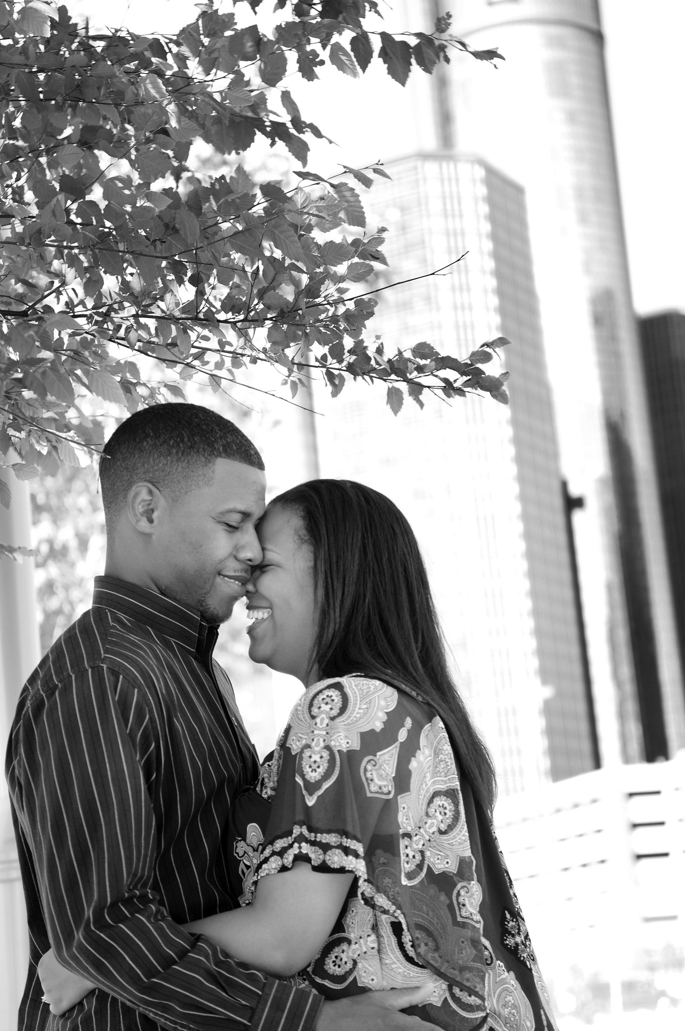 kyla-michael-engagement-detroit-michigan-riverwalk-downtown-2