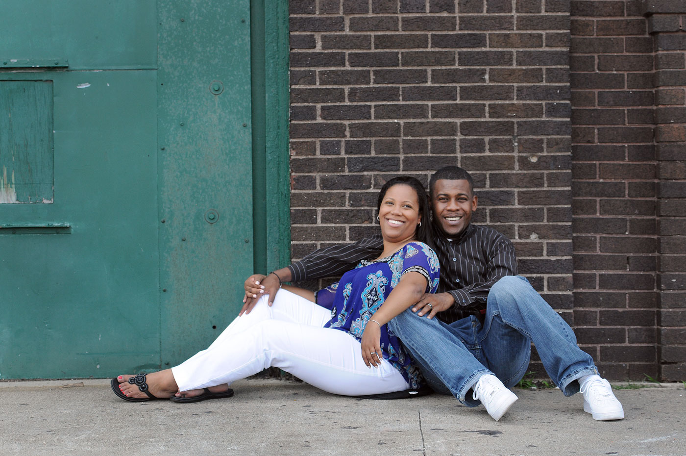 kyla-michael-engagement-detroit-michigan-riverwalk-downtown-8