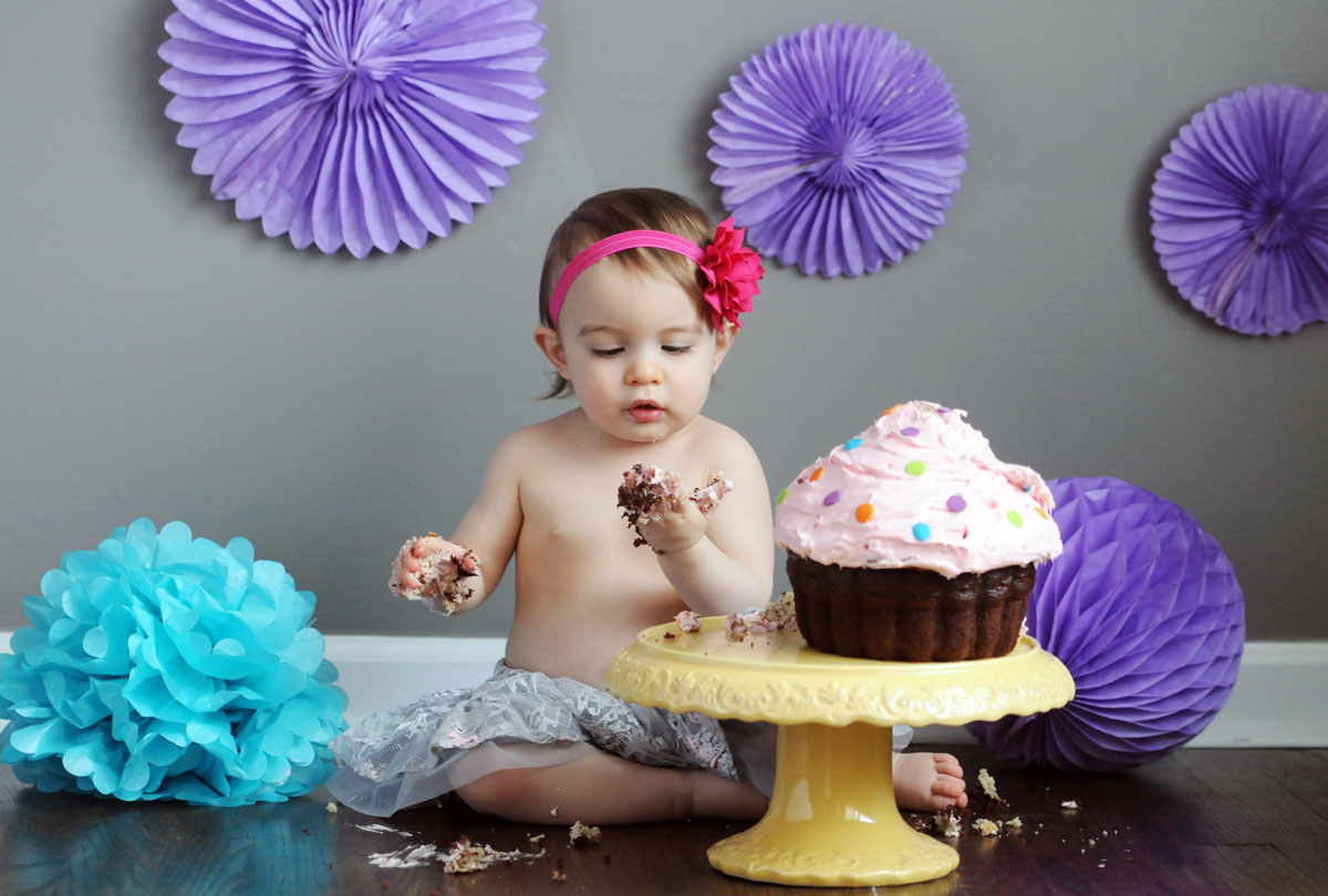 Reagan-one-year-smash-the-cake-session-photography-natural-light-detroit-michigan-3